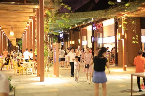 青岛的浪三亚的沙:去红树林酒店嗨翻天