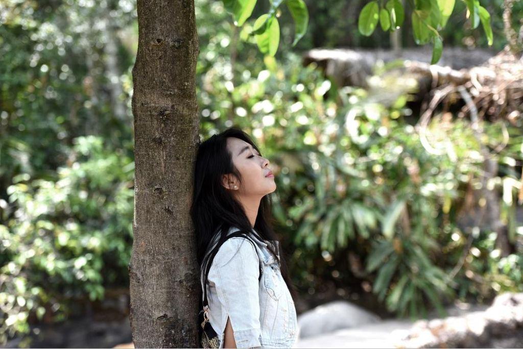 在原始森林的爱抚中沐浴连灵魂也私奔了