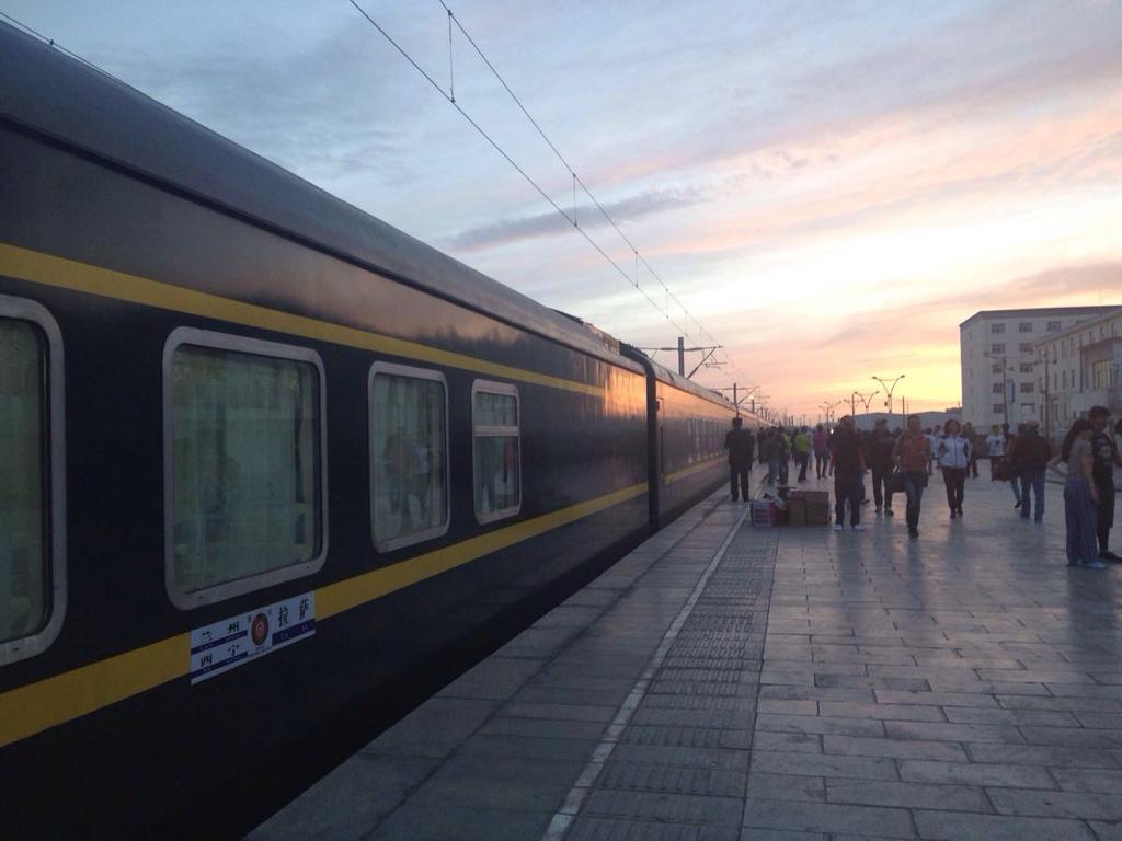 杭州到拉萨的火车