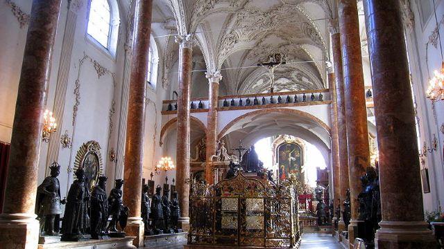 宫廷教堂门票,因斯布鲁克宫廷教堂攻略/地址/图片