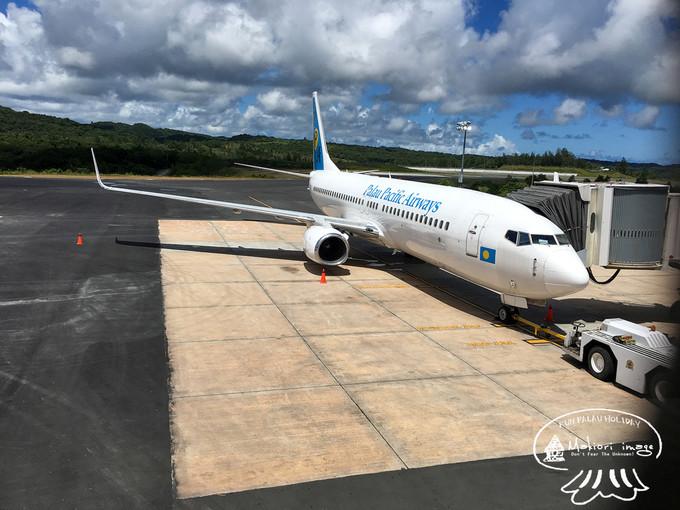 帕劳太平洋航空的飞机即将把我们送回香港
