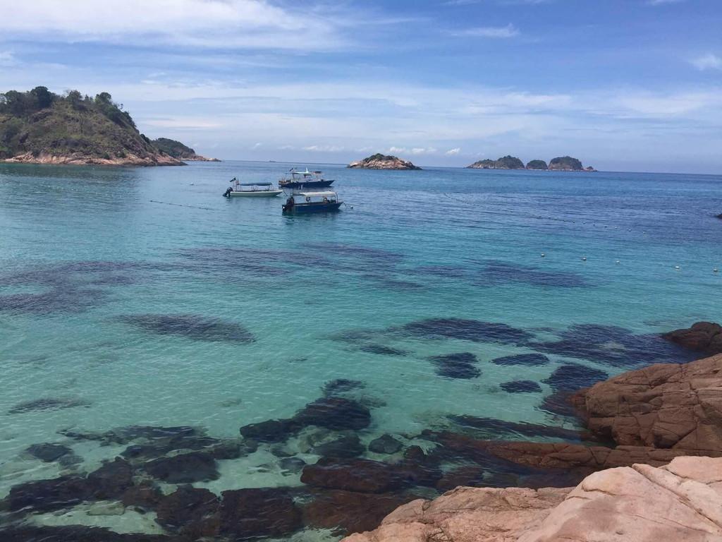 登嘉楼 拉古娜热浪岛度假村                                 经过