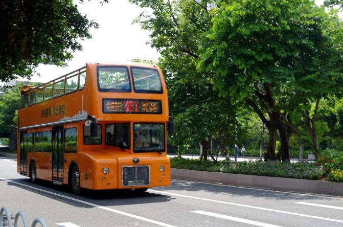 老巴士手绘