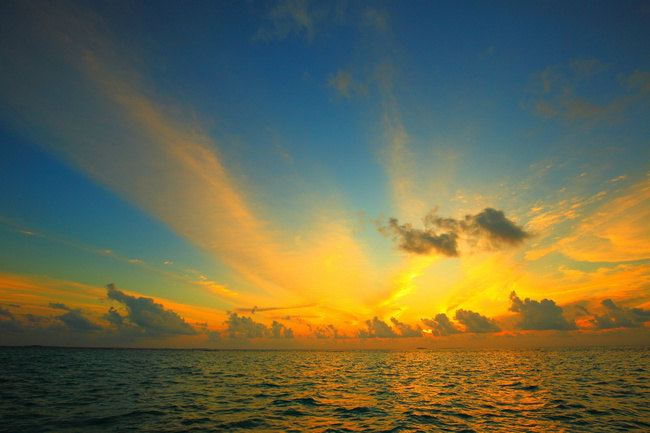 锡婚之旅(最新马尔代夫安嘎嘎岛攻略,艳照,比基尼一样图片