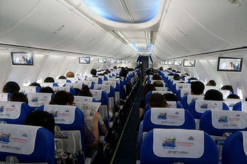 上海至宜昌的交通:飞机(三峡机场),铁路(宜昌东),公路(东山大道,西陵