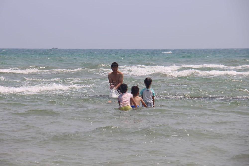 地图上的这片沙滩在涠洲岛北部