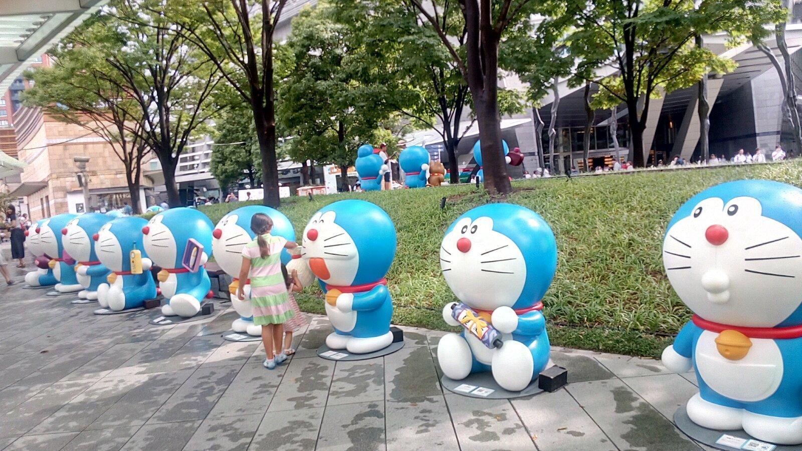 下午在六本木新城,参与朝日电视台的哆啦a梦展(女儿的同学是机器猫的图片