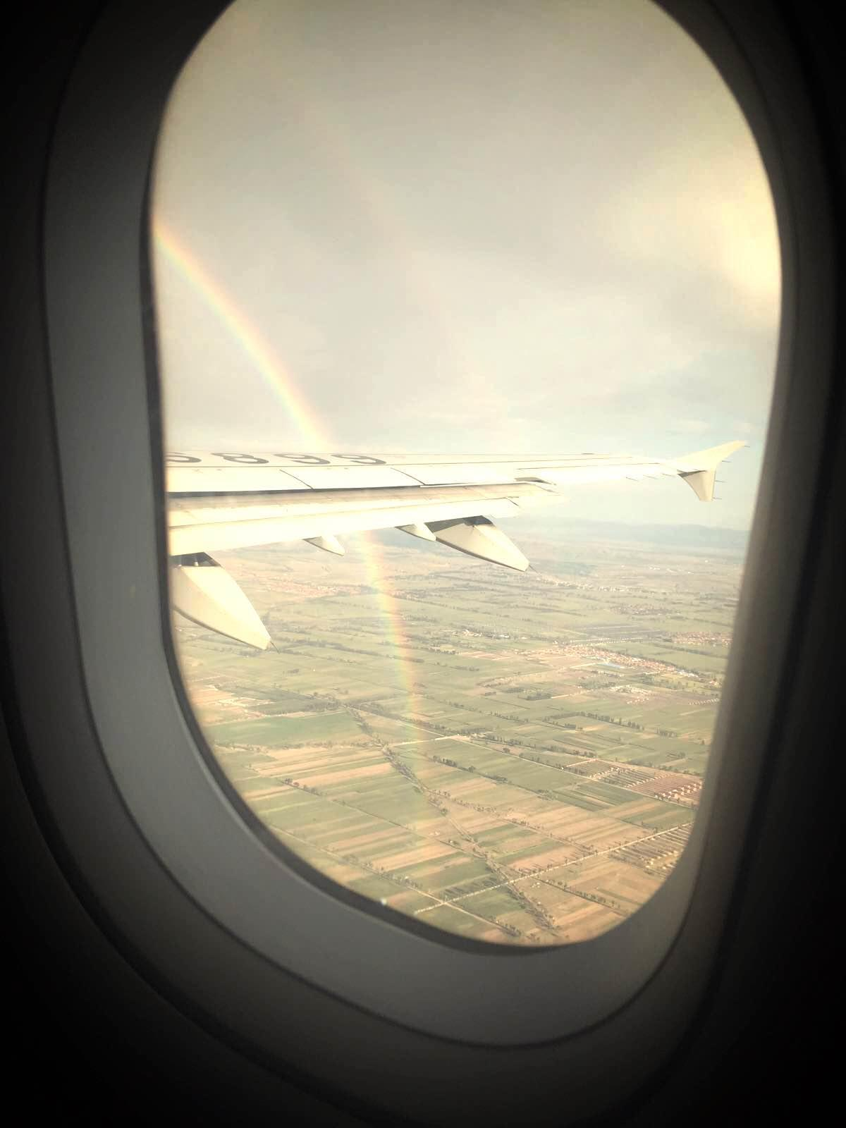 呼和浩特市白塔机场 飞机整点起飞