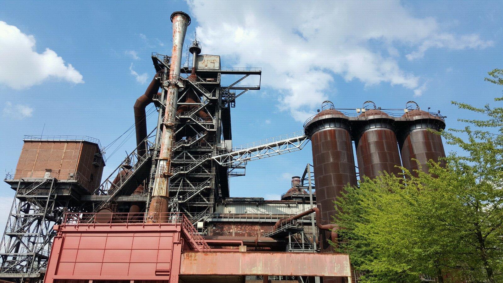 德国杜伊斯堡公园(landschaftsparkduisburgnord)钢铁厂v公园烤冷面包装设计图片
