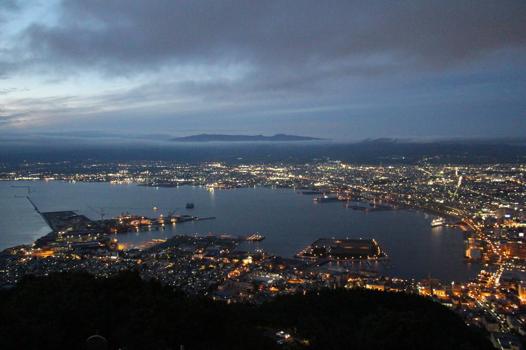 在函馆山附近的风景是函馆的精髓,号称世界三大夜景之一的函馆山夜景