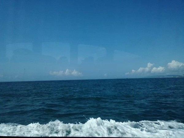 周末游 口碑榜 特卖汇  感觉分界洲比蜈支洲好玩,水也比蜈支洲岛的清.