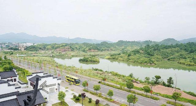 千岛湖旅游观光巴士