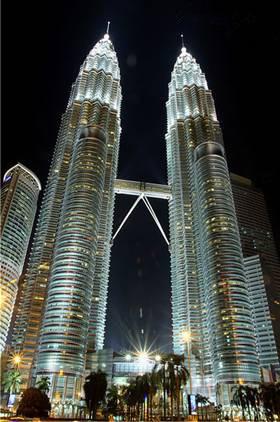 双子塔也是来吉隆坡一定要去看看的