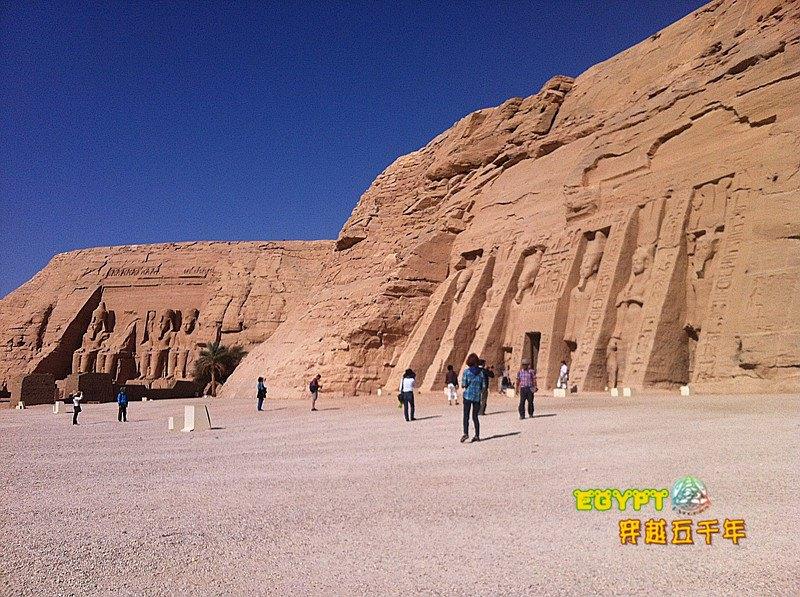 哈索尔神庙  Temple of Hathor   -1