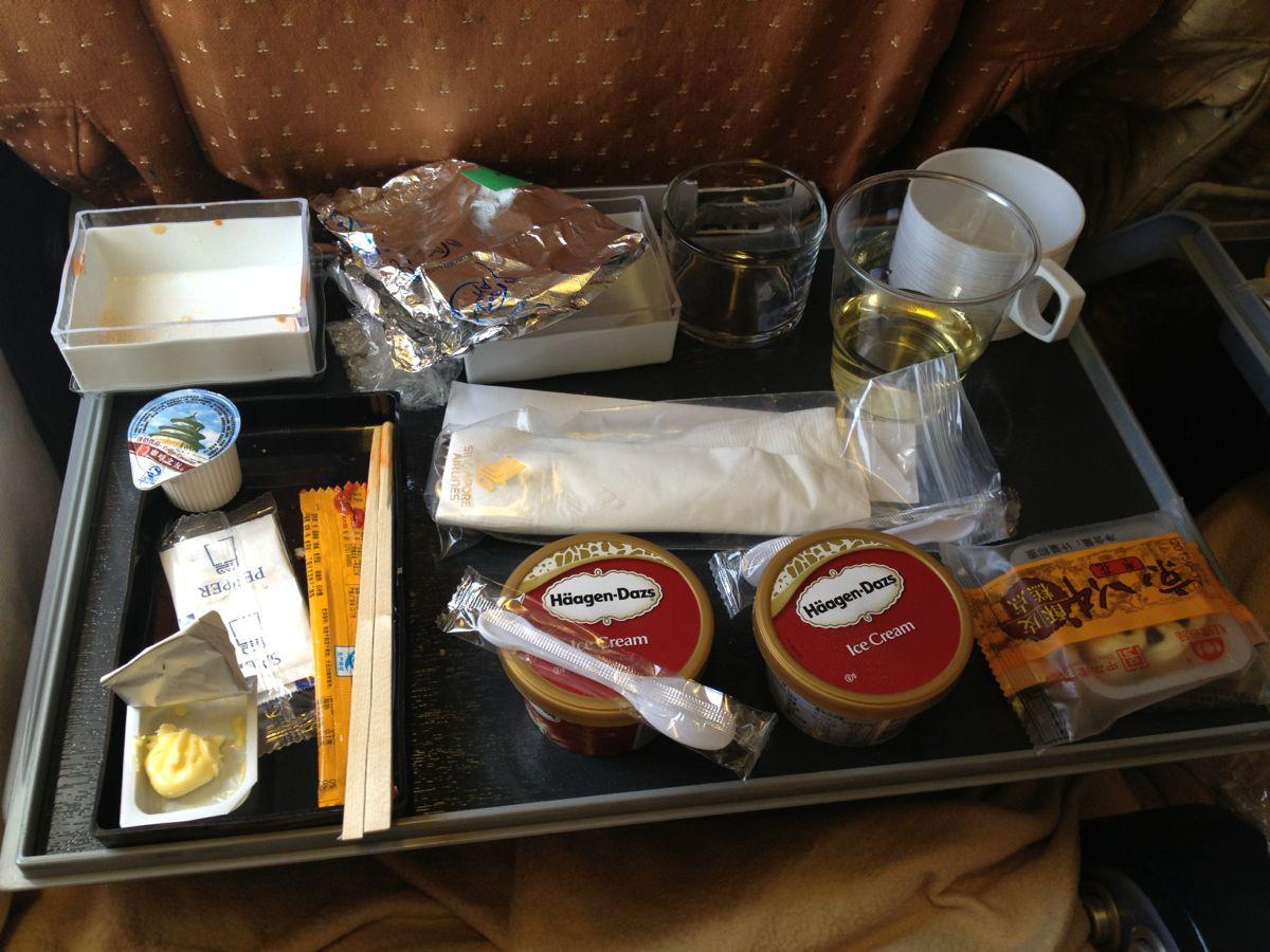 回程新航飞机餐