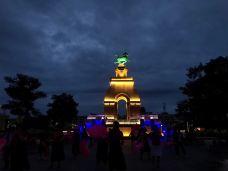 南城门广场-武威-噼里啪啦