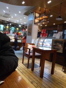 金皇冠蛋糕(东风路店)-大冶