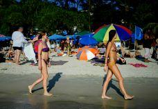 卡塔海滩-普吉岛-乖小咪