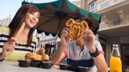 28 与朋友共享美味时刻_香港迪士尼乐园