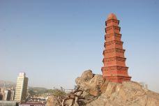 红山公园大佛寺-乌鲁木齐-牛奶海