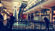 维多利亚女王大厦-悉尼-梦露夫人