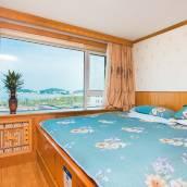 青島秀峰海景公寓