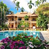 E棧合一泳池花園度假酒店