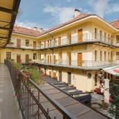 布拉格安德爾公寓