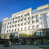 汨羅特爾新西伯利亞酒店