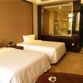 五原紫東國際假日酒店