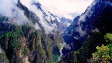 巴拉格宗大峡谷