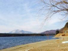西湖-富士河口湖町-新妆宜面下朱楼
