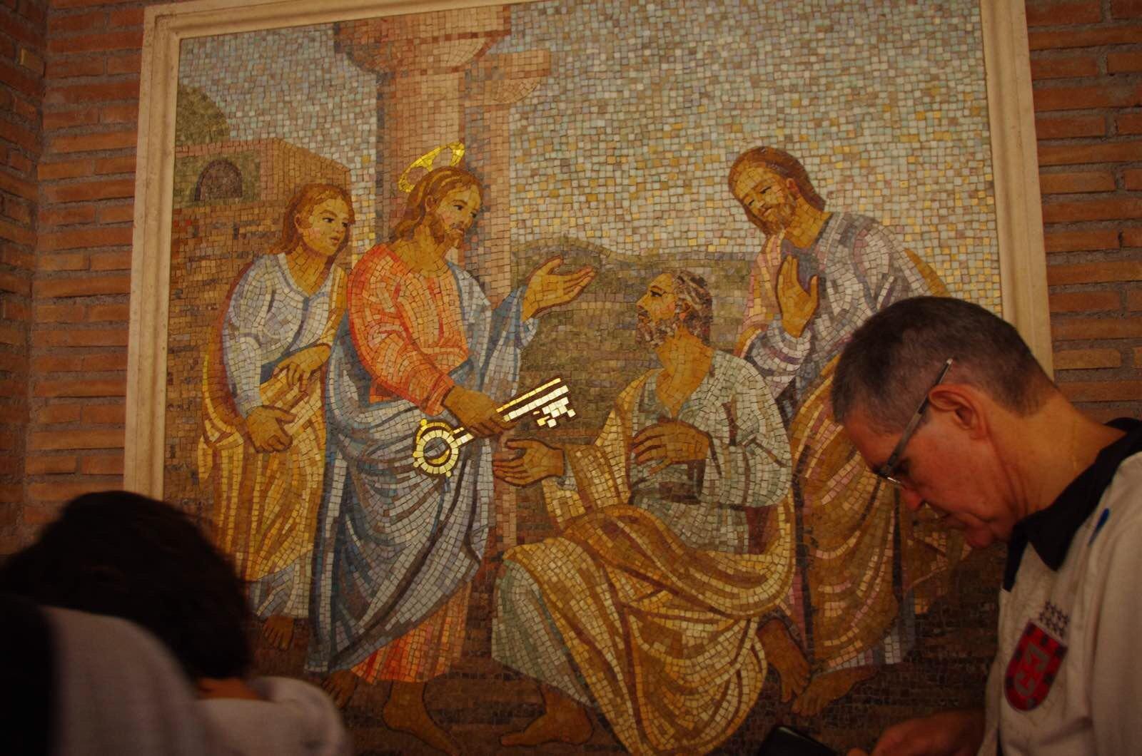 通往天堂的钥匙_耶稣将通往天堂的钥匙交给第一任教皇彼得