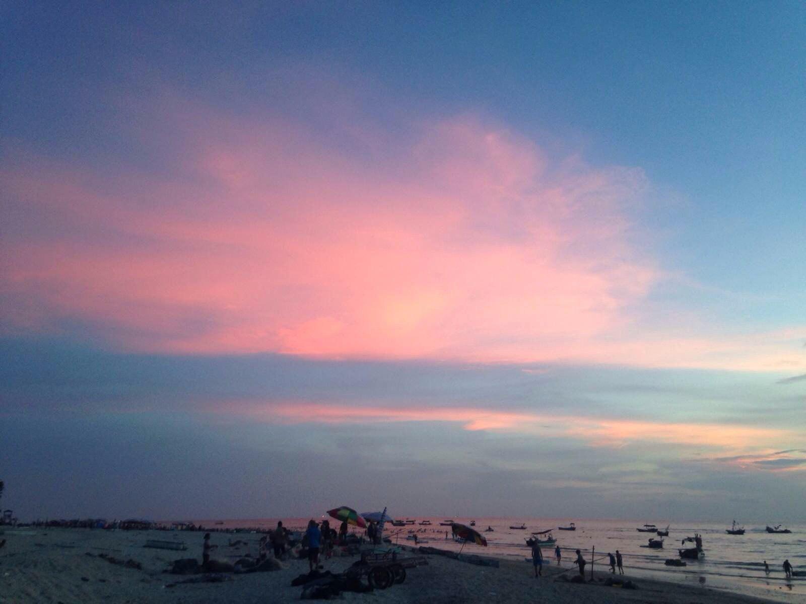 整片海,都喺粉紅色,好靚