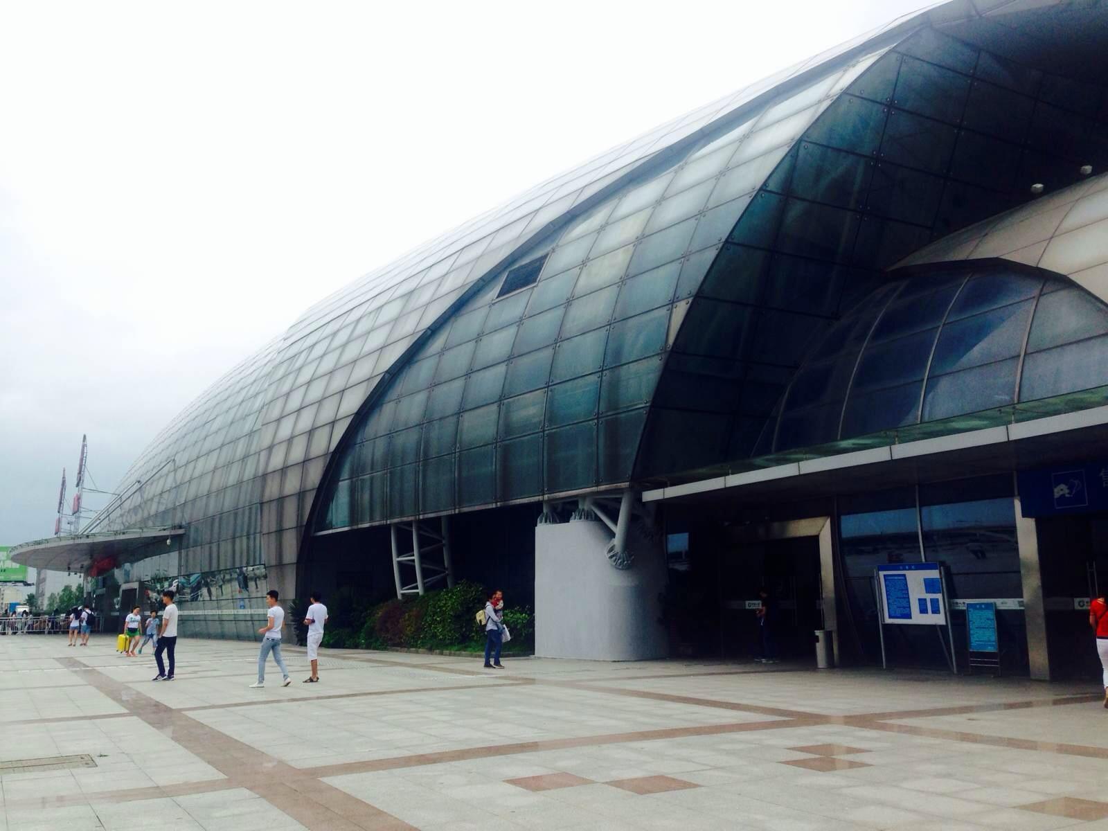 想知道: 南通市 从南通火车站-出站口到如东县怎么坐公交
