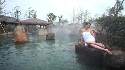 中翔清凉水世界喷雾冷泉