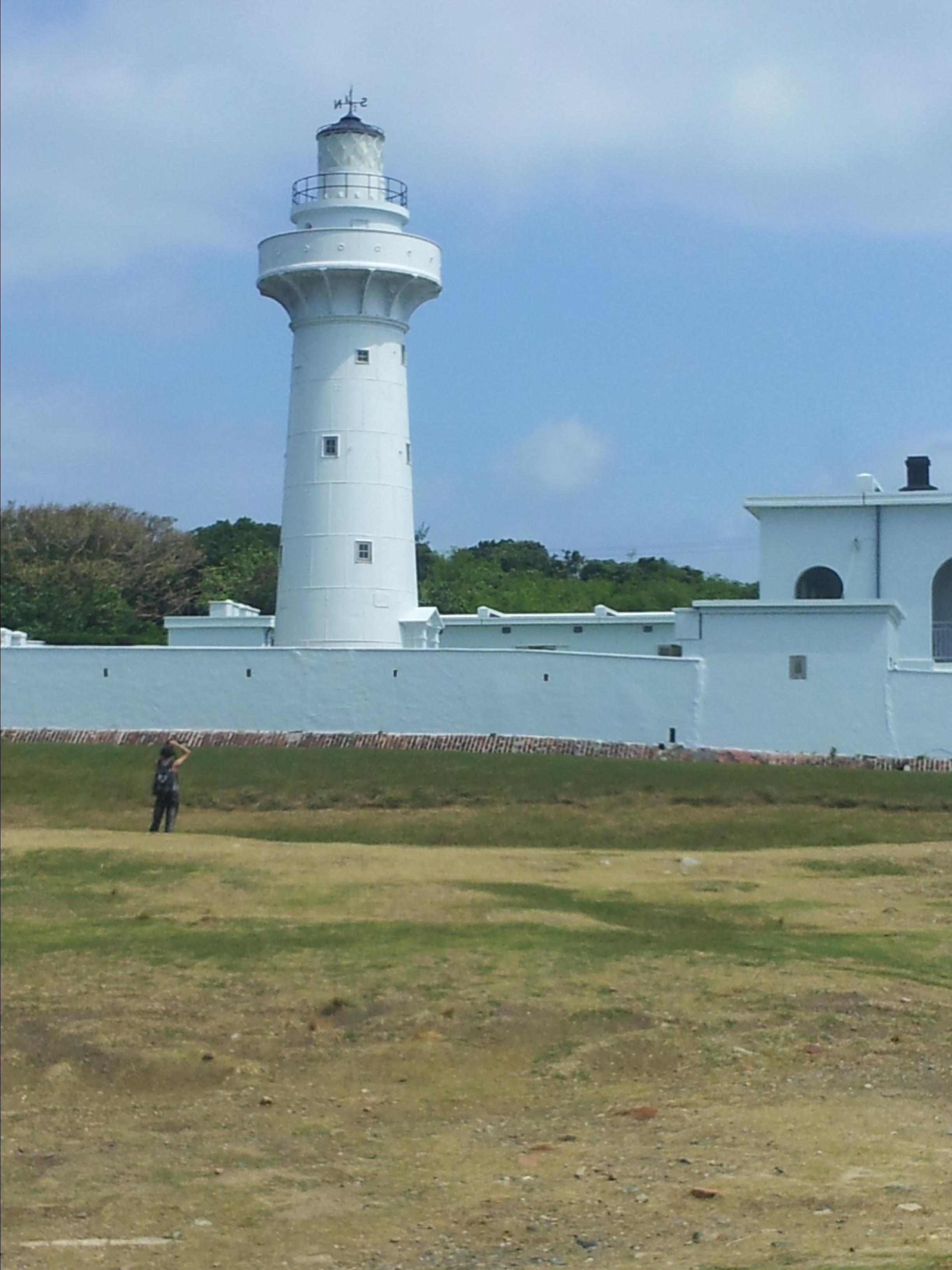 杨玉莹色�_灯塔所在地设有鹅銮鼻公园,一度被认为是台湾最南端的标志,后被台湾最