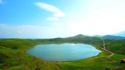 天池湖群1