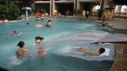 室内水疗池1